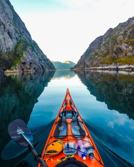 koman laka kayaking