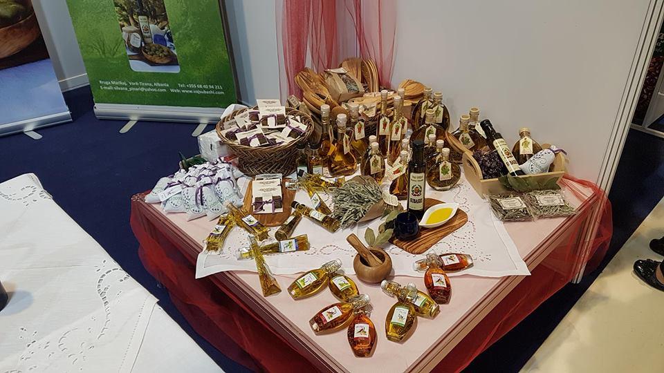 Different kinds of Oil taste